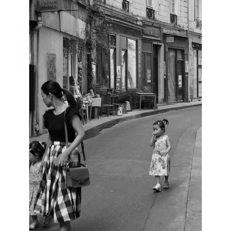 Following, Paris
